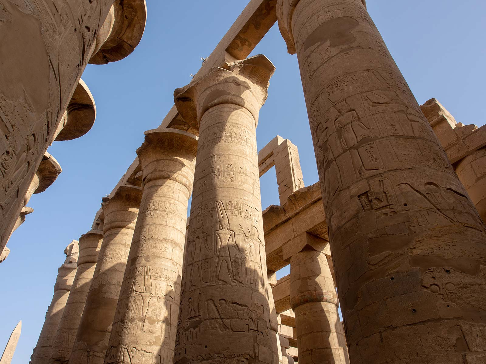 Karnak Tempel Säulen