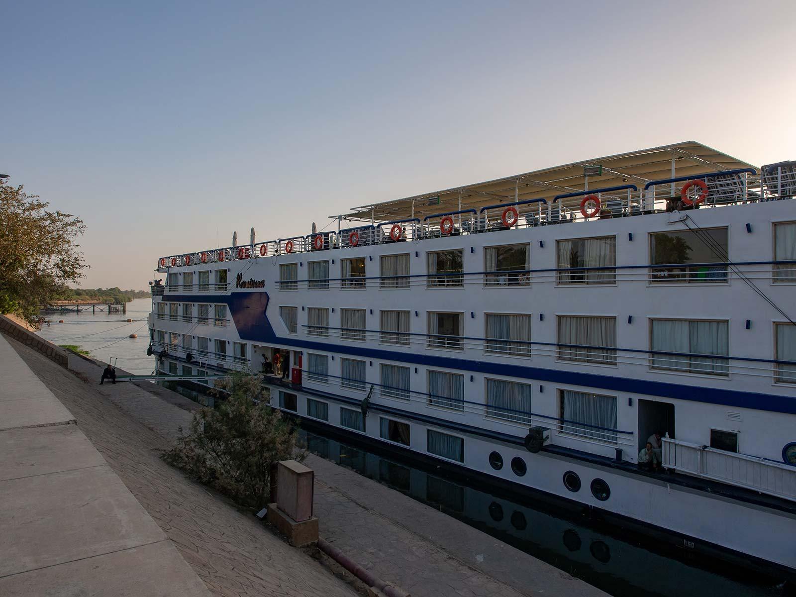 Schiff auf der Nilkreuzfahrt