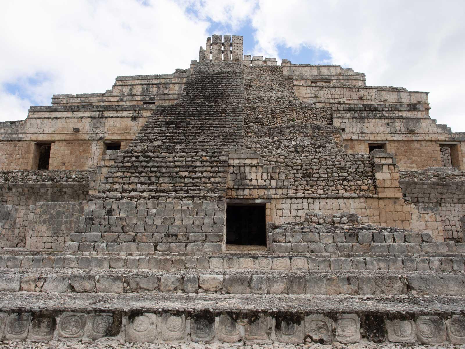 Edzná Pyramide