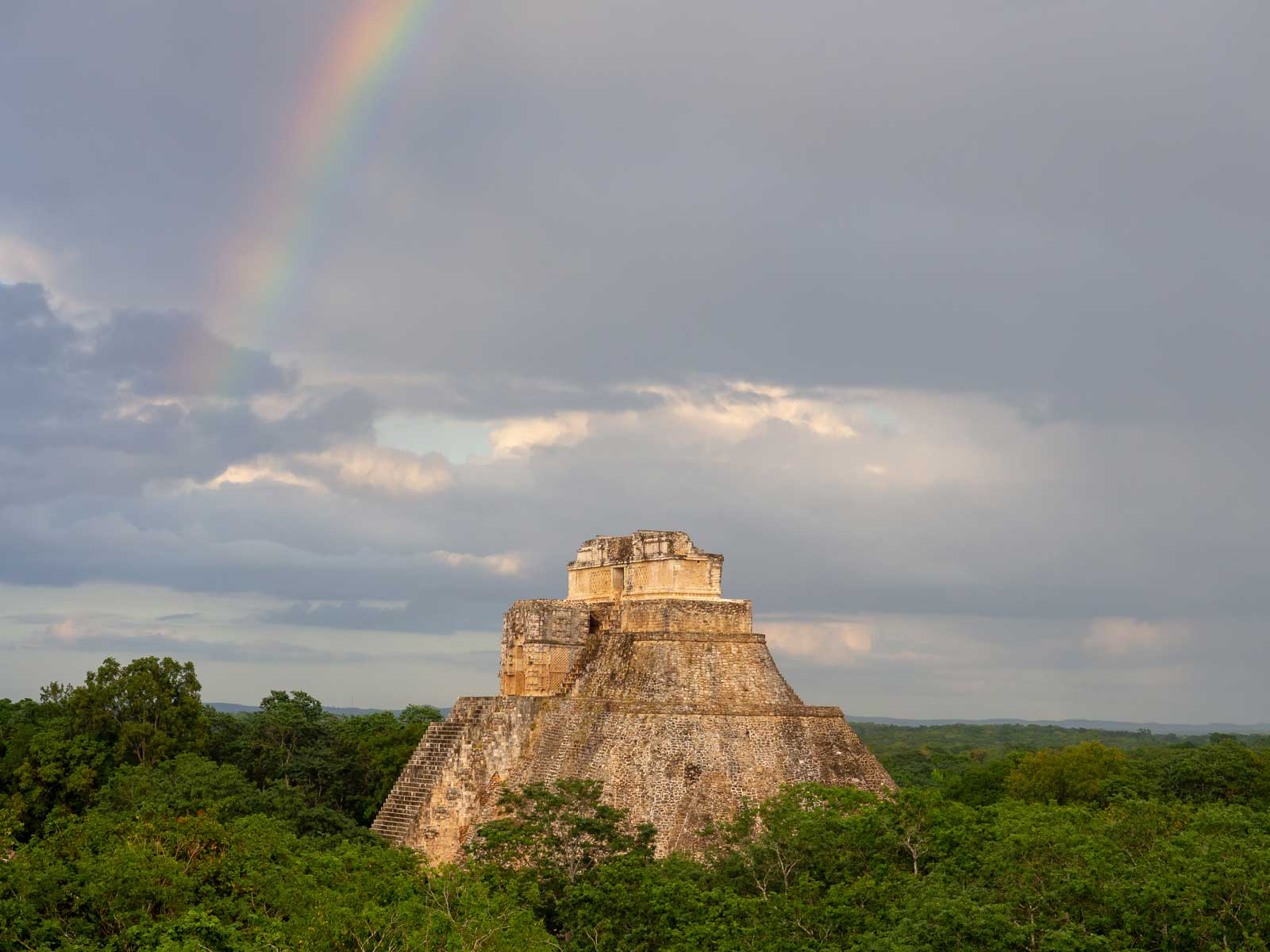 Regenbogen Uxmal
