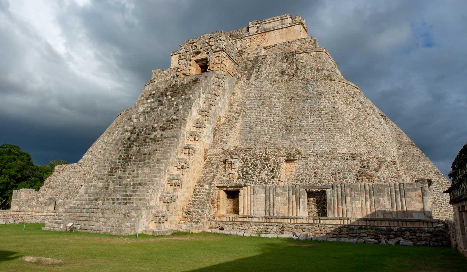 Uxmal Pyramide des Zauberers