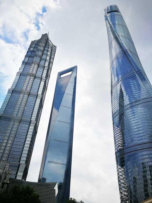 Shanghai Tower & Flaschenöffner